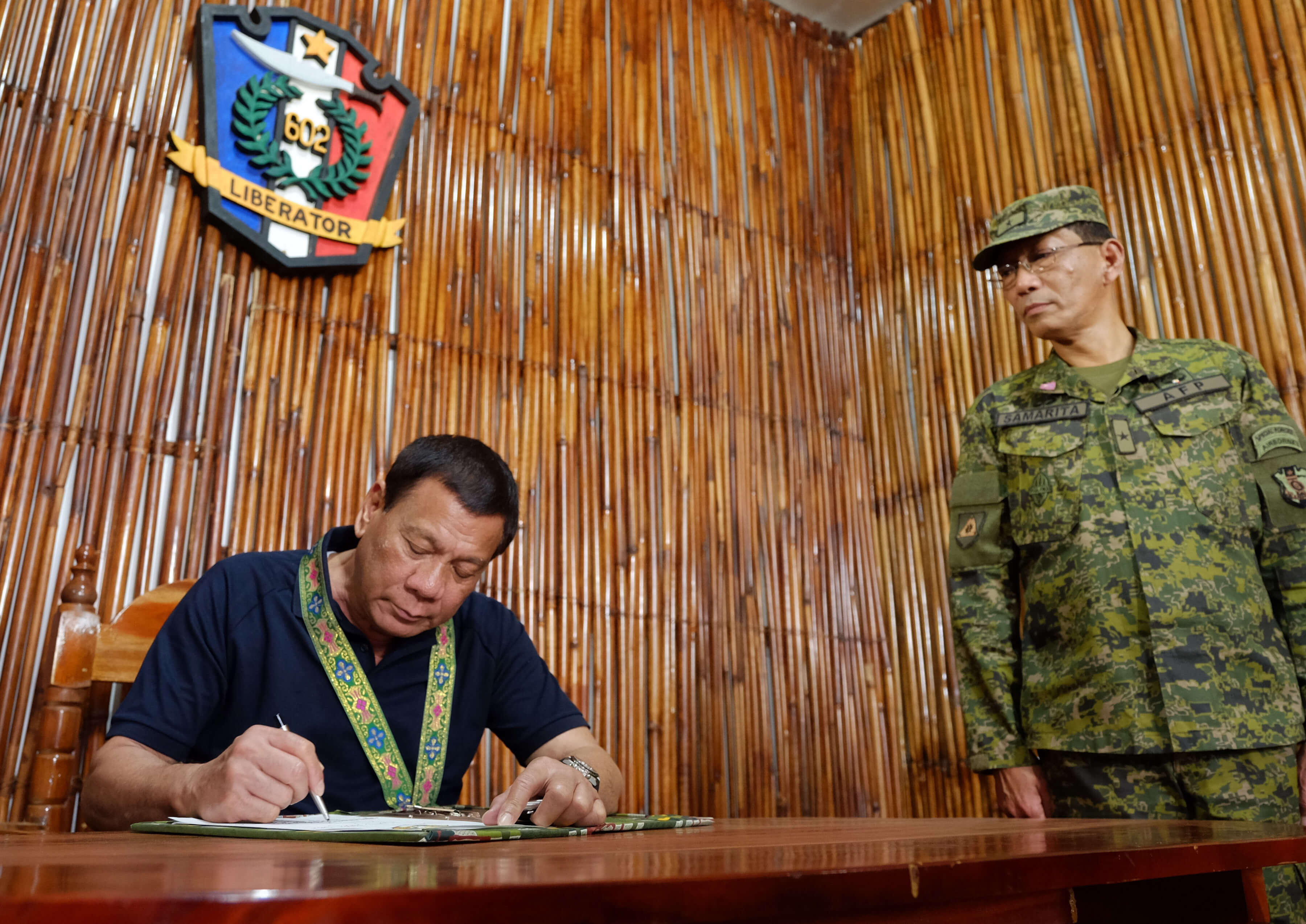 PRRD Visits Troopers of 602nd Infantry Brigade