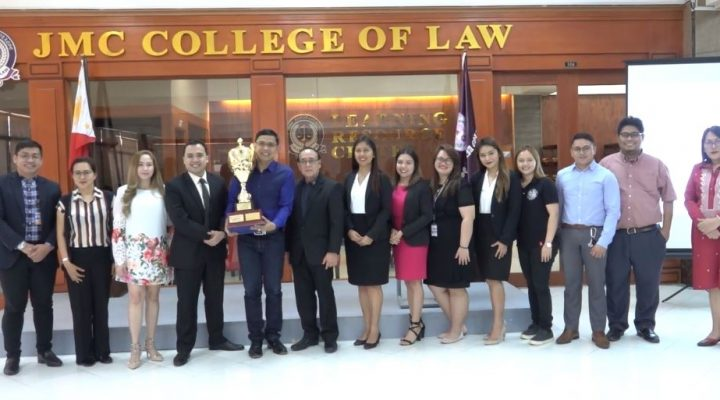 Championship Trophy ng Teehankee Moot Court Competition nai-turn over na sa Jose Maria College